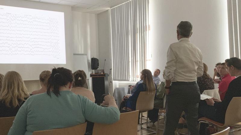 Micromed Group - 1. Kasseler EEG Seminar. Aufmerksamkeit der Teilnehmer während eines interessanten Referates.