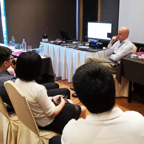 news NEUROWERK SalesMeetingBankonk 2019 04 WEB 1 600x600 - IEC 2019 – 33. Internationaler Epilepsie-Kongress